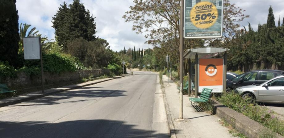 Caltanissetta, viale Luigi Monaco: al via i lavori per la realizzazione del marciapiede