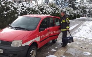http://www.seguonews.it/caltanissetta-auto-bloccate-dalla-neve-in-nottata-la-polizia-trasporta-ragazzo-in-ospedale-vigile-del-fuoco-porta-sacche-di-sangue-a-mussomeli