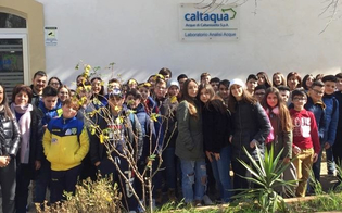 https://www.seguonews.it/polo---laboratorio-di-san-giuliano-studenti-ancora-protagonisti-la-scuola-verga-di-niscemi-apre-il-2019