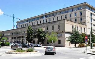 http://www.seguonews.it/arrestato-per-evasione-giovane-di-san-cataldo-si-difende-ero-uscito-per-una-visita-disposto-braccialetto-elettronico