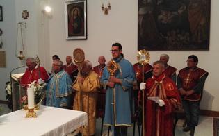http://www.seguonews.it/caltanissetta-il-vescovo-inaugura-la-mostra-labito-della-fraternita