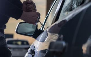http://www.seguonews.it/topo-dauto-ruba-una-500-e-si-costituisce-per-paura-la-polizia-lo-denuncia-per-furto-aggravato