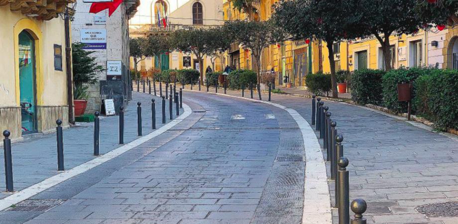 """Caltanissetta, basole """"ballerine"""" in corso Vittorio Emanuele: via ai lavori per la sostituzione"""