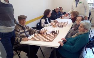 http://www.seguonews.it/caltanissetta-allistituto-testasecca-corsi-di-danza-e-scacchi-per-gli-anziani