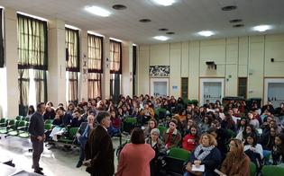 http://www.seguonews.it/prevenzione-dei-tumori-della-mammella-la-lilt-caltanissetta-incontra-gli-studenti-delle-scuole
