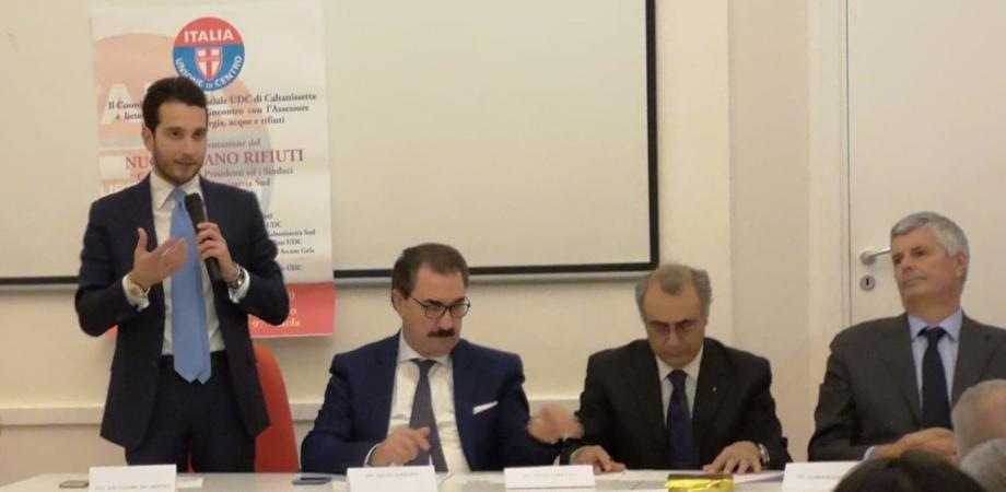 """Piano rifiuti, Pierobon a Gela: """"Massima attenzione ai territori, al lavoro per realizzare gli impianti e migliorare la gestione"""""""