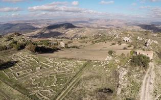 http://www.seguonews.it/san-cataldo-il-deputato-grillino-pignatone-rivalutare-il-sito-archeologico-di-vassallaggi