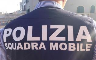 http://www.seguonews.it/caltanissetta-nascondeva-200-grammi-di-hashish-nel-reggiseno-36enne-arrestata-dalla-squadra-mobile