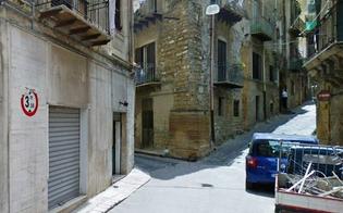 http://www.seguonews.it/caltanissetta-furto-al-circolo-san-michele-ladri-portano-via-diverse-centinaia-di-euro