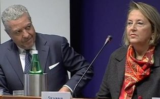 http://www.seguonews.it/caso-saguto-cappellano-seminara-si-difende-non-sono-un-corrotto-queste-accuse-mi-hanno-rovinato-la-vita