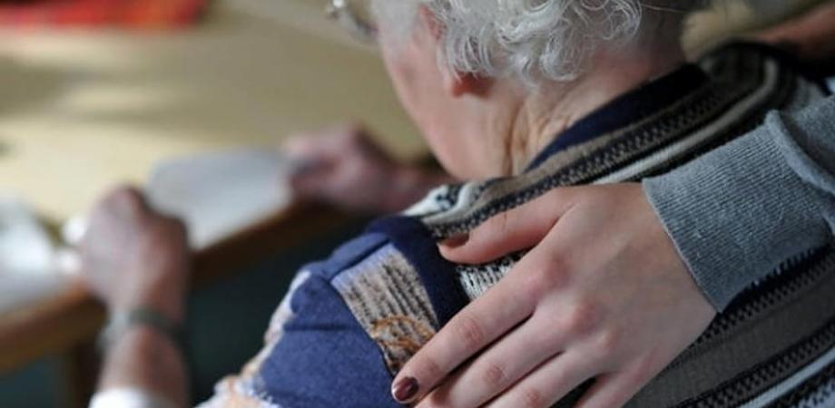 San Cataldo, si fingono funzionari dell'Inps e rubano 500 euro ad un'anziana