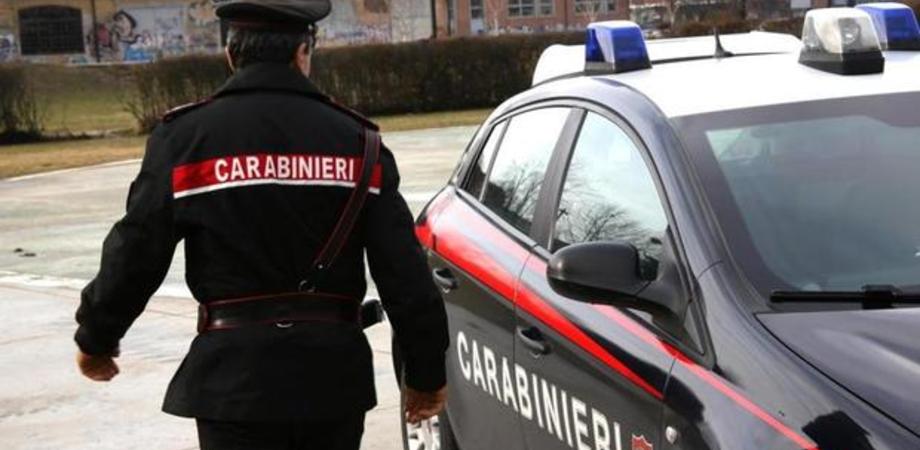 Niscemi, a casa con box doccia e vasca idromassaggio sottratti a una ditta: 33enne arrestato