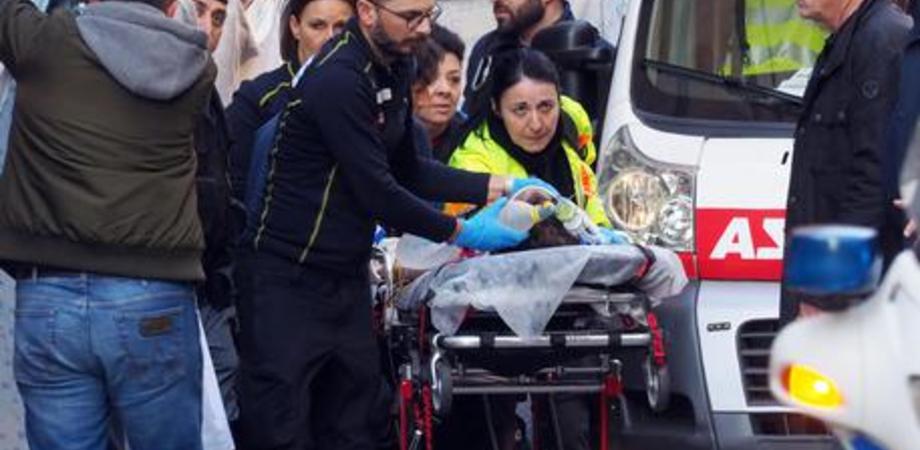Bimbo di due anni muore dopo essere caduto da un carro di Carnevale, aperta un'inchiesta dalla Procura di Bologna