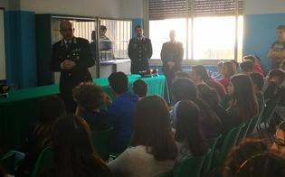 http://www.seguonews.it/mussomeli-larma-dei-carabinieri-entra-nelle-scuole-per-parlare-di-legalita