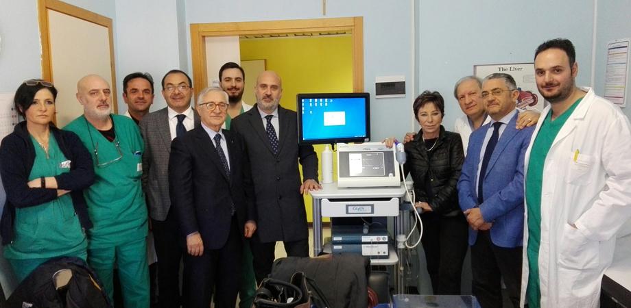 """All'ospedale """"Raimondi"""" di San Cataldo arriva il Fibroscan: strumento non invasivo per misurare la fibrosi epatica"""
