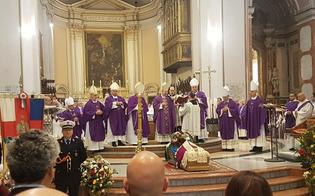 http://www.seguonews.it/in-cattedrale-lultimo-addio-a-don-vincenzo-sorce-il-vescovo-la-tenacia-e-stata-in-lui-virtu-di-perseveranza