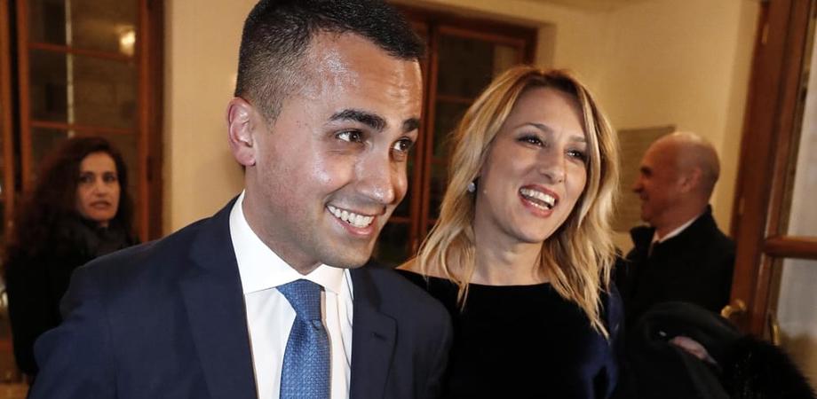 Di Maio con la nuova fidanzata Virginia Saba, prima uscita ufficiale al teatro dell'Opera di Roma