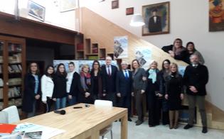 http://www.seguonews.it/torna-a-gela-lagon-eschileo-gara-di-greco-antico-fra-liceali-saranno-presenti-25-studenti-provenienti-da-tutta-italia