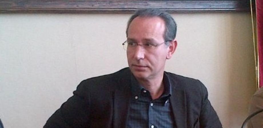 Gela, chiesto il processo per dirigente del Comune: non ha riconosciuto debiti per i rifiuti per 13 milioni di euro