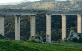 http://www.seguonews.it/crollo-del-ponte-geremia-sulla-caltanissetta---gela-condannato-direttore-dei-lavori