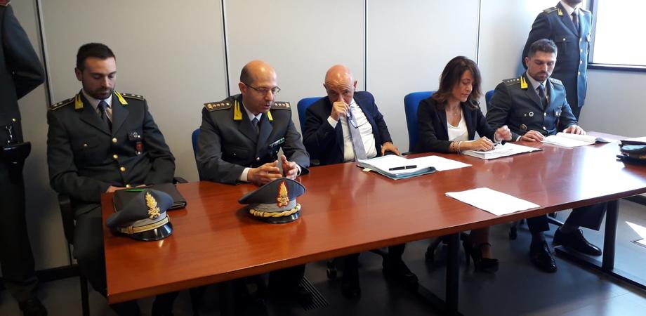 Gela, truffa da 22 milioni di euro: a capo dell'organizzazione c'era un affiliato del clan Rinzivillo