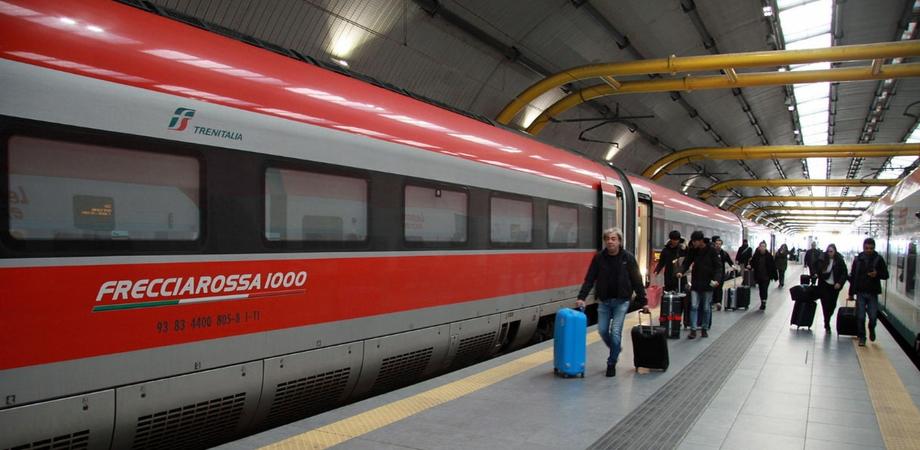 Macchinisti ubriachi, soppresso un treno con a bordo 65 persone diretto a Napoli