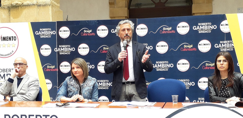 """Il candidato sindaco del M5S Gambino presenta il programma: """"Ecco da dove partirà la rivoluzione nissena"""""""