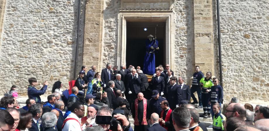 """Venerdì Santo a Gela, il vescovo: """"Ogni individuo porta la propria Croce"""""""