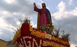 https://www.seguonews.it/stop-alle-processioni-e-ad-altri-eventi-gesu-nazareno-verra-esposto-nella-chiesa-di-santagata-a-caltanissetta