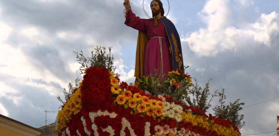 Caltanissetta, Domenica delle Palme: la barca di Gesù Nazareno è pronta per la processione.