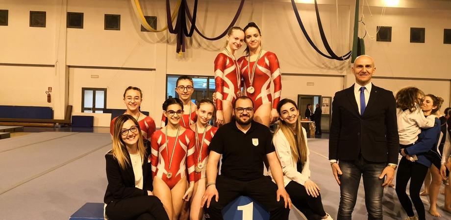 Pioggia di medaglie a Ragusa per le ginnaste della Gymnastic Club di Valter Miccichè
