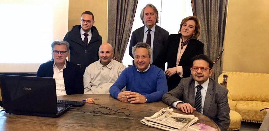 """Caltanissetta. Piscina comunale chiusa da mesi, l'ex giunta Ruvolo: """"Ci risiamo con le bugie"""""""