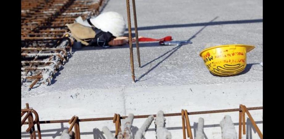 Incidente sul lavoro: 26enne cade da un ponteggio. Sarebbe in gravi condizioni