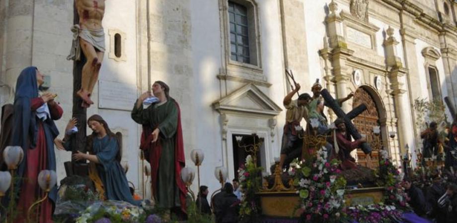 Settimana Santa a Caltanissetta, il centro storico verrà abbellito con settemila piantine