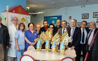 http://www.seguonews.it/uova-di-pasqua-per-i-bimbi-ricoverati-al-santelia-liniziativa-promossa-dal-lions-club