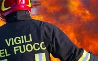 http://www.seguonews.it/gela-incendio-nei-pressi-del-tribunale-rogo-distrugge-un-container-antistante-un-distributore-di-benzina