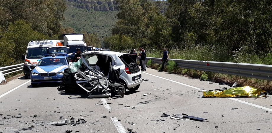 Caltanissetta, incidente sulla 626: nello scontro frontale fra due auto muore un ragazzo di 24 anni