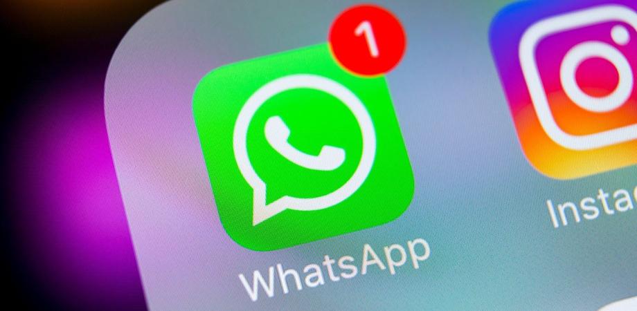 WhatsApp, arriva il virus di Capodanno: ecco come evitarlo e difendere l'account