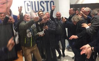 http://www.seguonews.it/gela-festeggia-il-suo-nuovo-sindaco-greco-saro-il-sindaco-di-tutta-la-citta