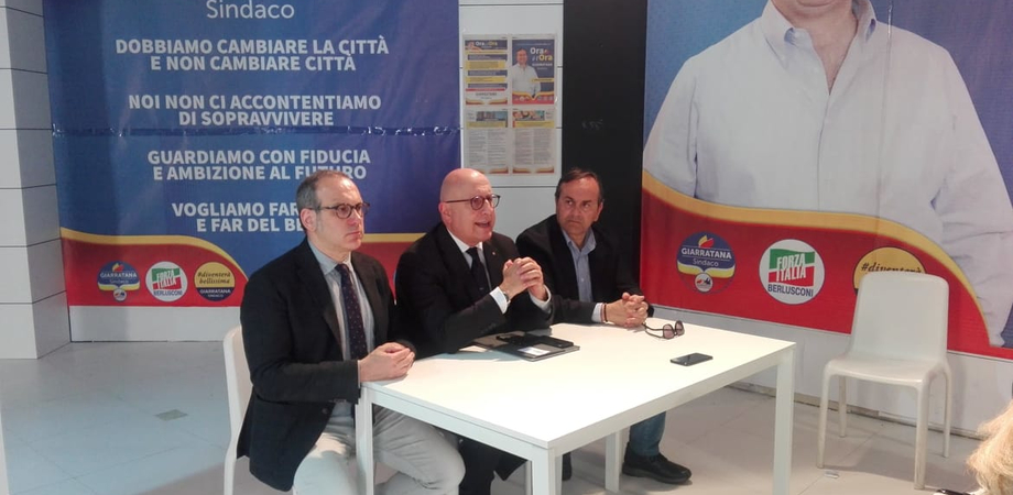 """Gaetano Armao a Caltanissetta: """"Vanno recuperate le strutture abbandonate. Dal mercato ortofrutticolo all'ex Banca d'Italia"""""""