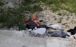https://www.seguonews.it/caltanissetta-cittadino-indignato-uno-degli-ingressi-del-cimitero-trasformato-in-discarica