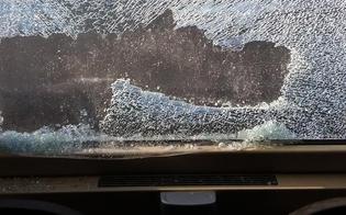 http://www.seguonews.it/caltanissetta-vandali-si-introducono-alla-stazione-e-distruggono-furgoni-di-proprieta-di-ferrovie-dello-stato