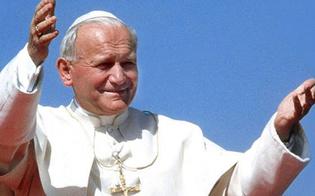 http://www.seguonews.it/caltanissetta-san-giovanni-paolo-ii-torna-in-cattedrale-sara-collocata-nella-cappella