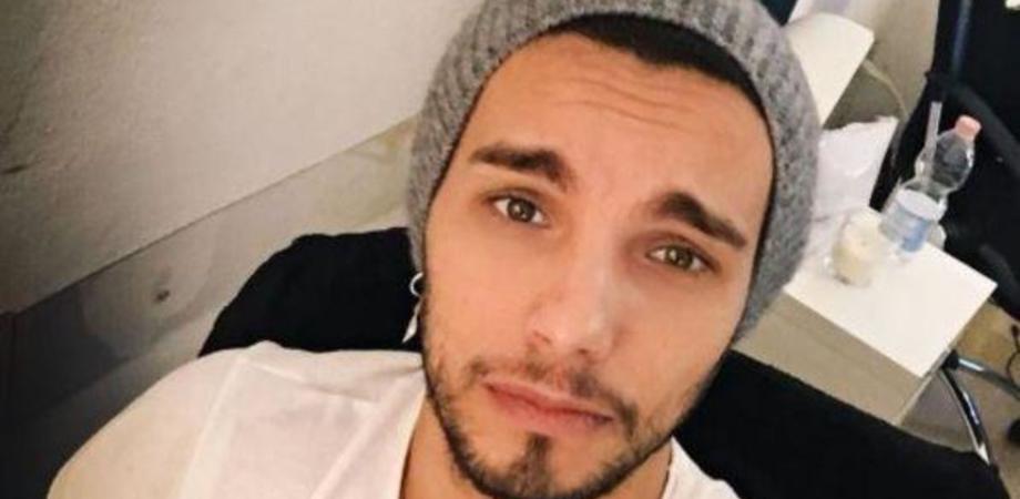Per Marco Carta il giudice non convalida l'arresto, il cantante torna libero: era stato fermato per furto aggravato