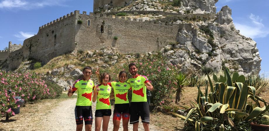 Mussomeli, il team Race Mountain domina il campionato regionale di Mountain Bike