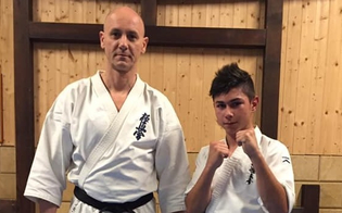 https://www.seguonews.it/il-sancataldese-marco-valenza-vola-a-praga-per-il-campionato-europeo-di-karate-kyokushinkai