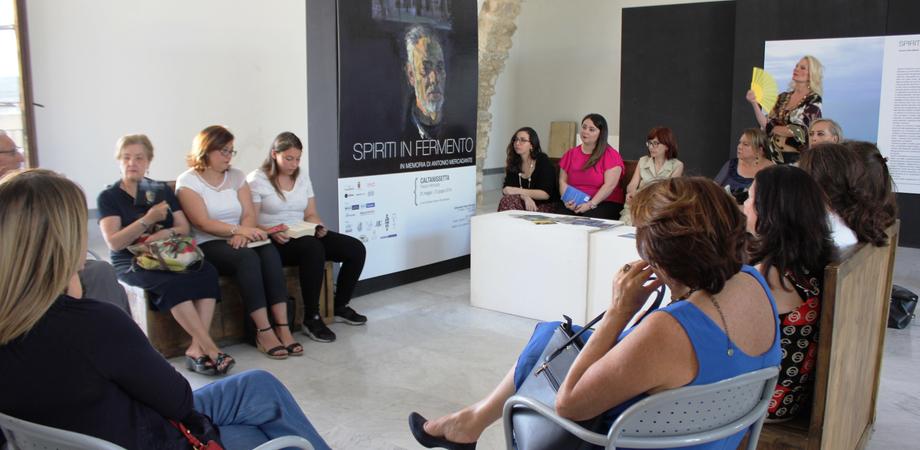"""Oltre 300 visitatori in meno di un mese, cala il sipario a Caltanissetta sulla mostra """"Spiriti in fermento"""""""