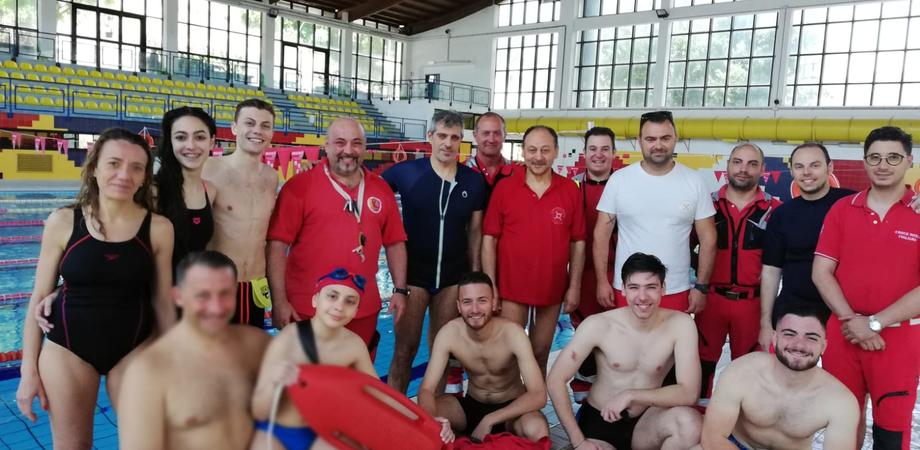 Croce Rossa, a Caltanissetta nuovi sette operatori polivalenti di salvataggio in acqua