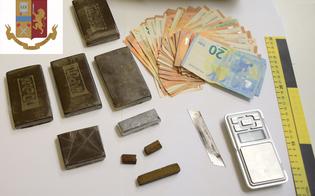 http://www.seguonews.it/due-giovani-nisseni-arrestati-dalla-squadra-mobile-in-casa-tenevano-droga-e-contanti