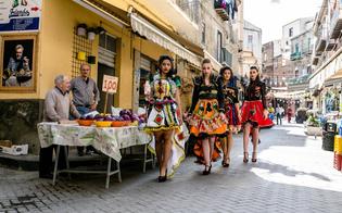 https://www.seguonews.it/caltanissetta-fra-arte-moda--sapori-la-strata-a-foglia-si-trasforma-in-set-fotografico